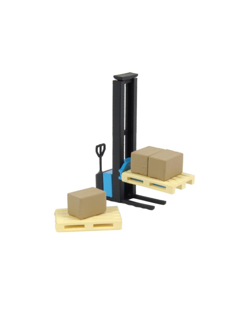1 blue forklift, 2 pallets and 3 cardboard boxes