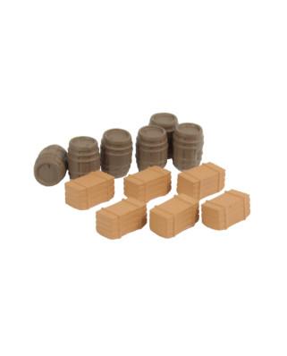 6 barricas de madera y 6 cajas de madera