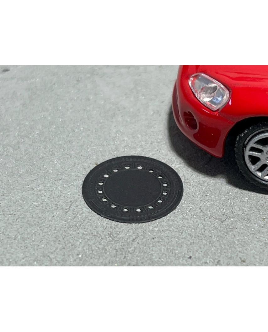 Manhole covers (13 units)