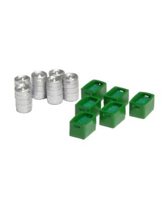 6 barriles de cerveza y 6 cajas verdes con botellas verdes