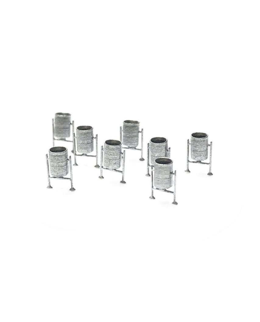 N   8 metal bins (silver)