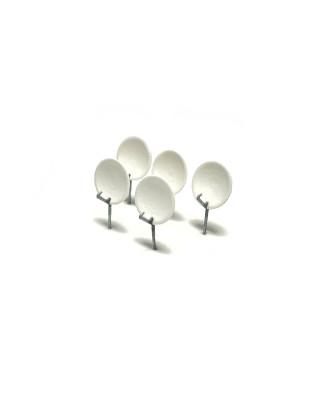 H0 | 5 satellite dishes